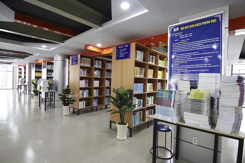 Cơ sở vật chất, Phòng thực nghiệm Khoa CNTT